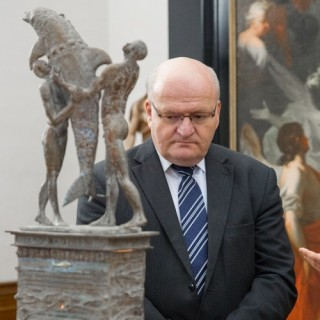 Minister of Culture looked at both museums